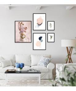 zestaw plakatów z grafikami do salonu