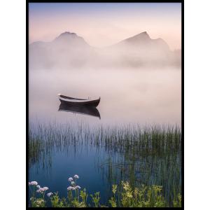 łódka na jeziorze mgła krajobraz plakat